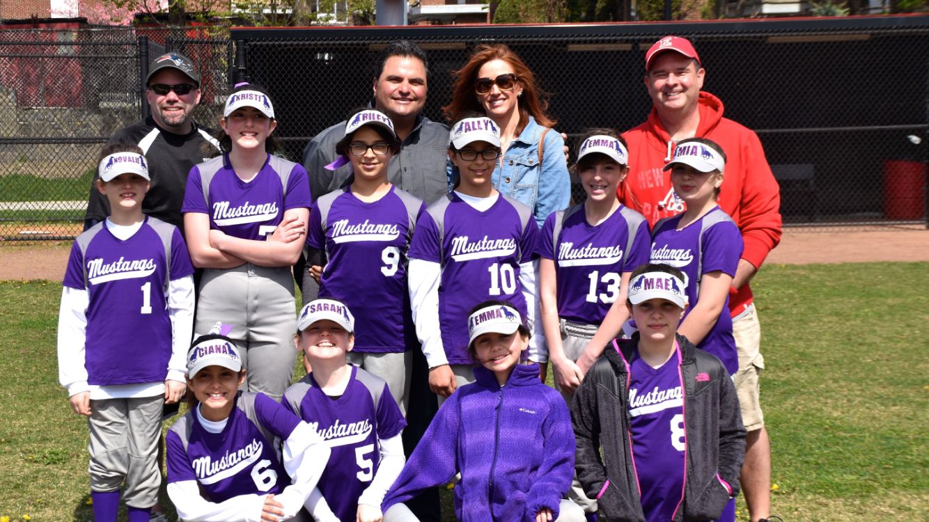 MAYOR DEMARIA HELPS CELEBRATE OPENING DAY WITH EVERETT YOUTH LEAGUE